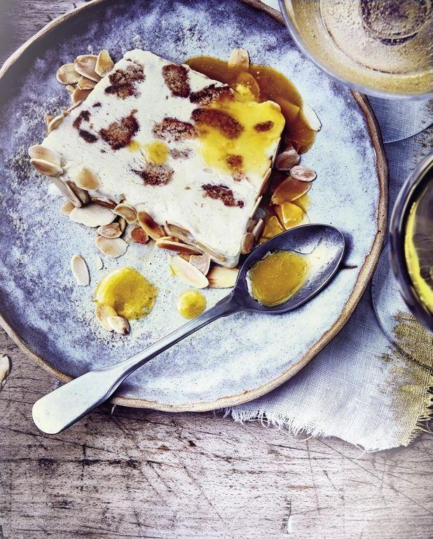 Semifreddo aux amarettis et amandes