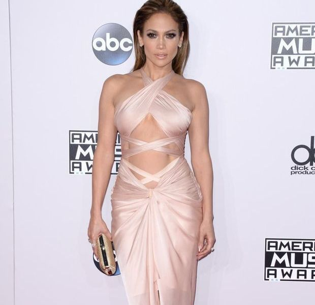 Des robes toujours plus sexy pour les American Music Awards 2014 !
