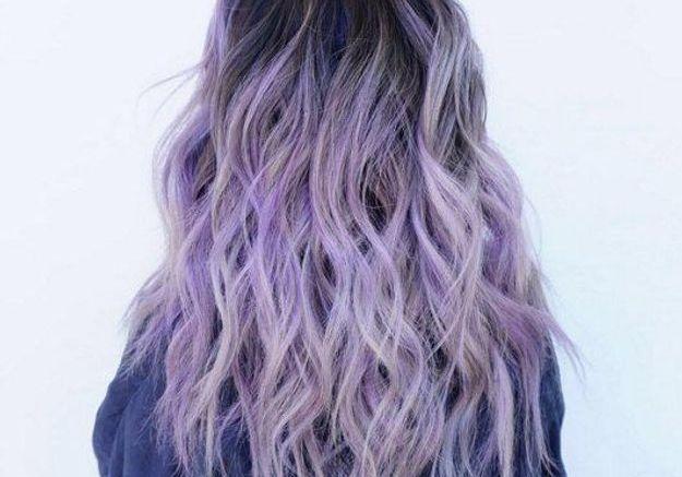 cheveux violets et racines fonc es cheveux violets allez vous craquer elle. Black Bedroom Furniture Sets. Home Design Ideas