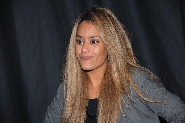 Amel Bent et ses cheveux miel en 2010