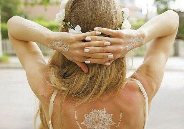Le tatouage blanc pour un mariage