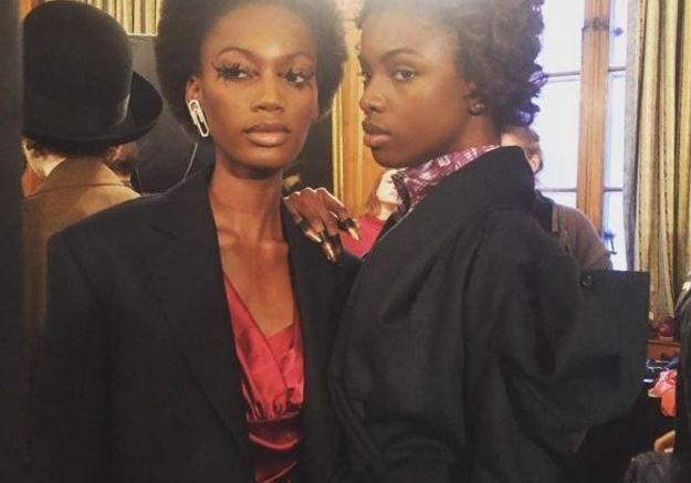 Le beauty look vintage et les maxi cils du défilé Vivienne Westwood