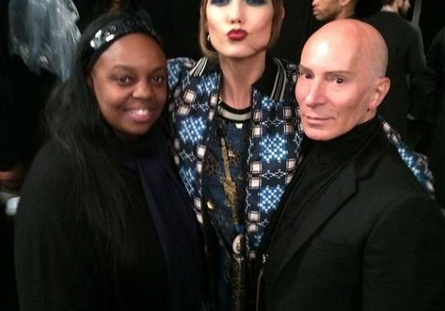 La team beauté du show Anna Sui et le top Karlie Kloss