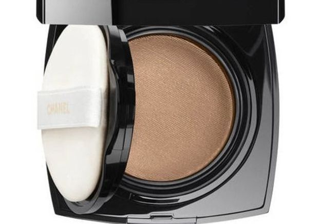 Fond de teint compact gel Chanel Les beiges Teint belle mine