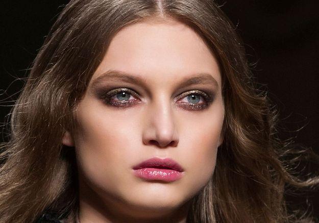 20 façons de porter le maquillage métallisé