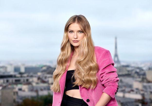 Exclu – Camille Razat, la Frenchy d'Emily in Paris, rejoint L'Oréal Paris