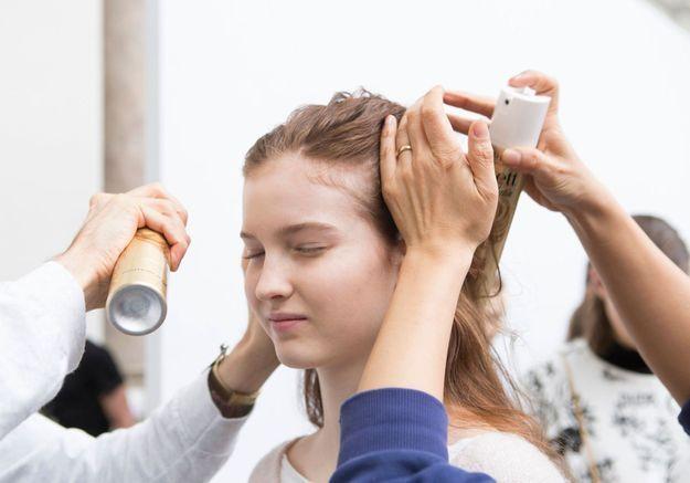 5 erreurs que l'on fait toutes avec notre shampoing sec