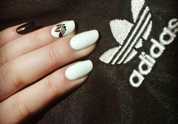 Manucure logo Adidas
