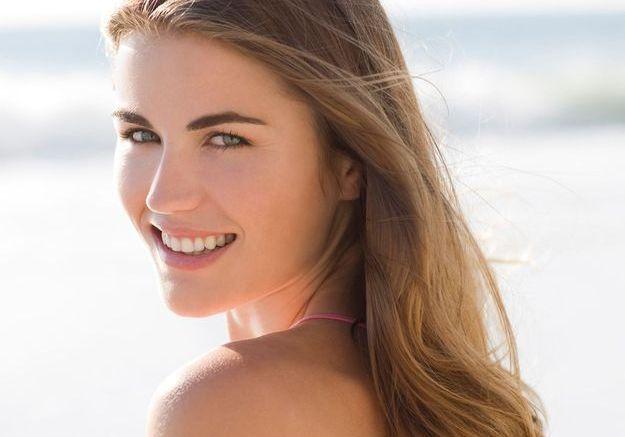 Comment protéger ma peau mixte du soleil et éviter les boutons ?