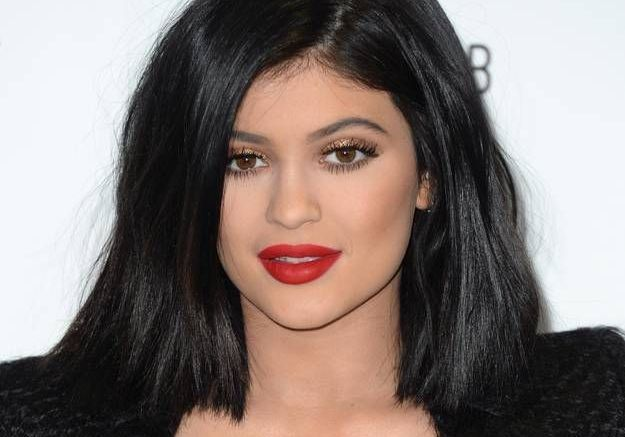 Kylie Jenner clôt le débat sur sa bouche pulpeuse
