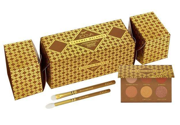 crackers beaut toutes les id es de cadeaux beaut en papillotes elle. Black Bedroom Furniture Sets. Home Design Ideas