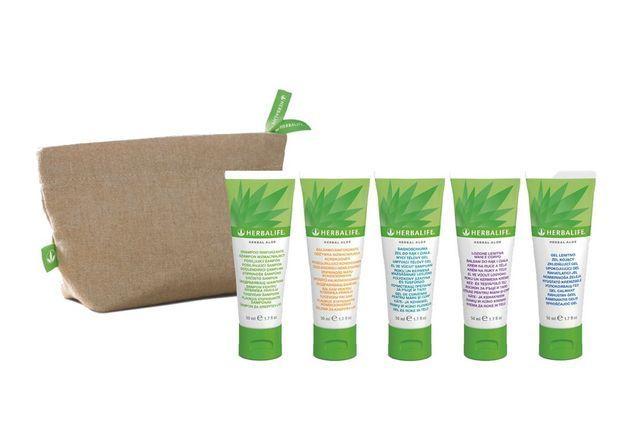 Trousse de voyage Herbal Aloe, Herbalife, 41 €