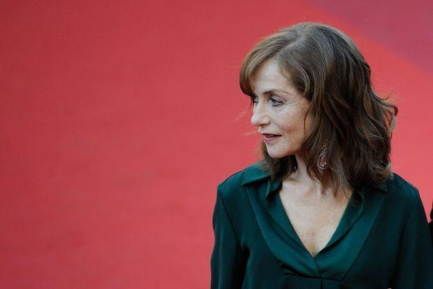 Le look du jour de Cannes : Isabelle Huppert pour « Elle »