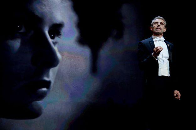 Cannes 2015 : « Le cinéma met la femme en lumière » selon Lambert Wilson