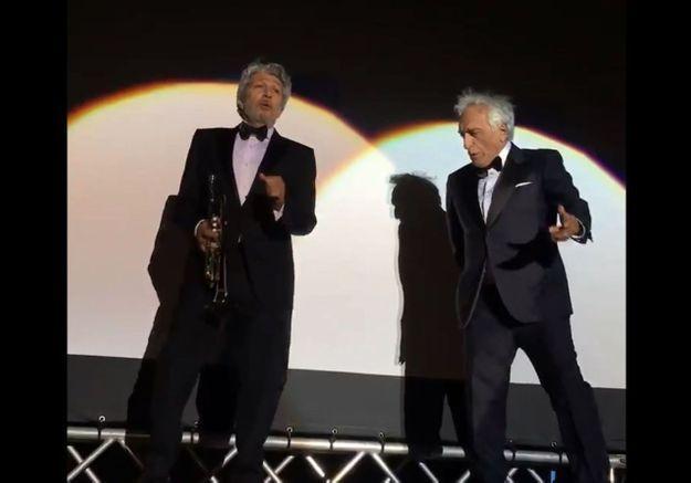 Cannes 2019 : Alain Chabat et Gérard Darmon dansent la Carioca et affolent les internautes