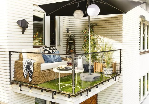 Une table de balcon Ikea