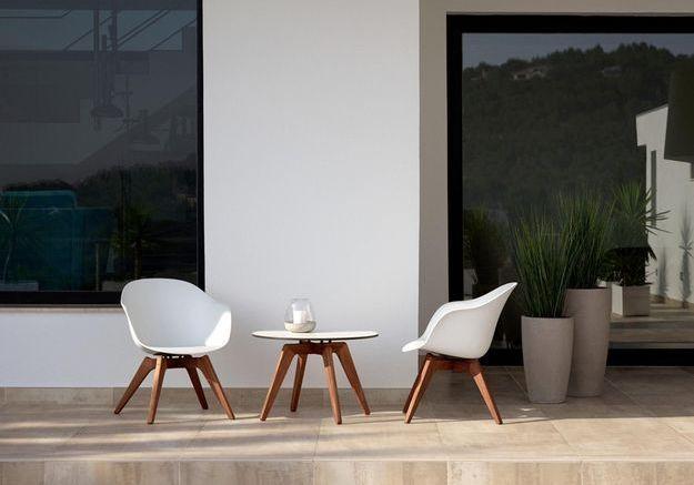 Une table de balcon BoConcept