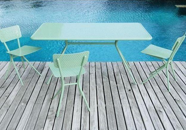 Une table de balcon Tectona