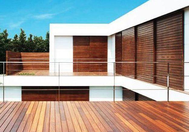Construction de la terrasse en bois