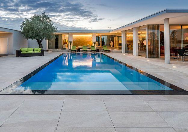 Après n°1 : une piscine comme un miroir d'eau