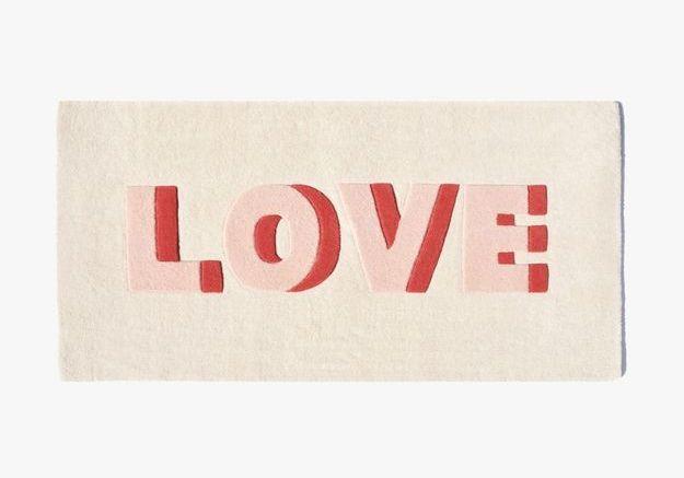 Un tapis love Maison Deux comme cadeau de Noël déco