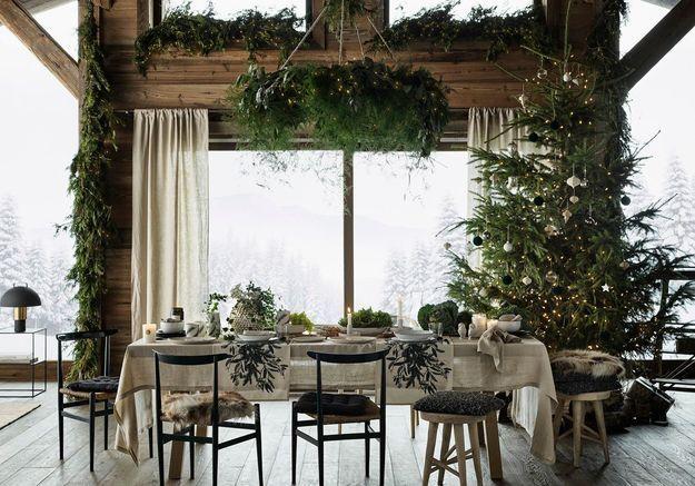 L'idée qu'on pique à la collection Noël H&M Home : parier sur du linge de table en lin beige