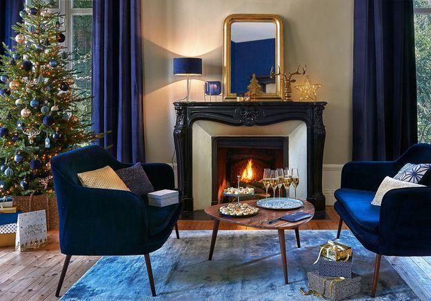 L'idée qu'on pique à la collection Noël Maisons du Monde : décorer tout son salon et pas uniquement le sapin