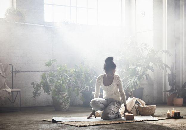 Des accessoires de yoga pour bien s'équiper