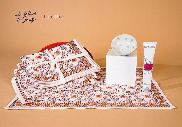 Ines de la Fressange dresse de belles tablées pour les beaux jours