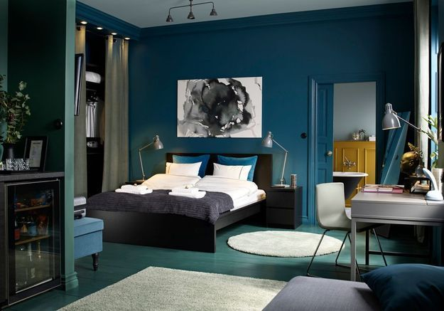 Une chambre cosy qui mixe les bleus