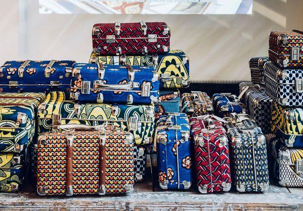 Des valises de rangement recouvertes de wax