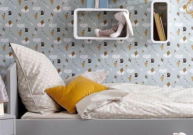 Une chambre d'enfant grise