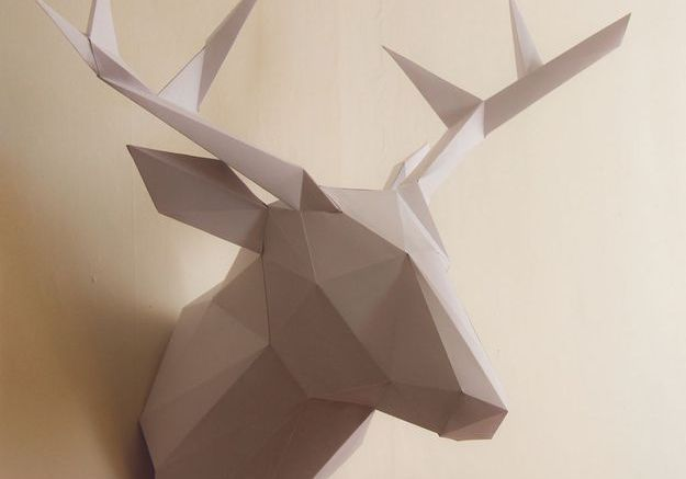 Trophée cerf en papier