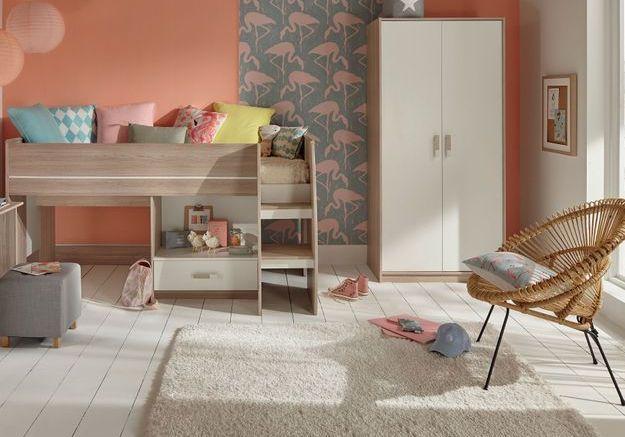 Un lit mezzanine Conforama