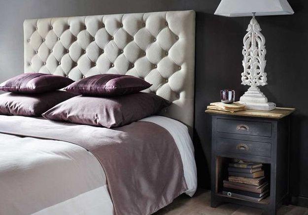 DIY : fabrication d'une tête de lit gaufrée