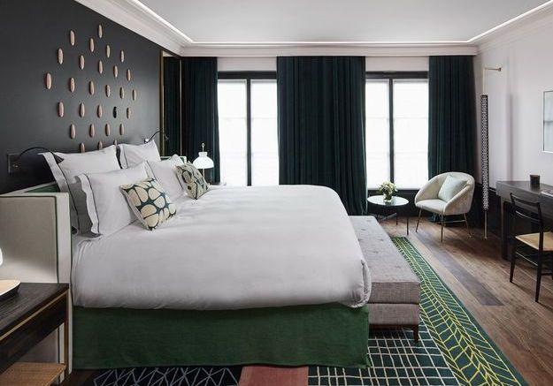 comment faire un lit comme dans un 5 toiles elle d coration. Black Bedroom Furniture Sets. Home Design Ideas