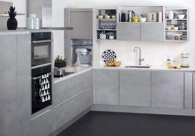Une cuisine grise effet brut