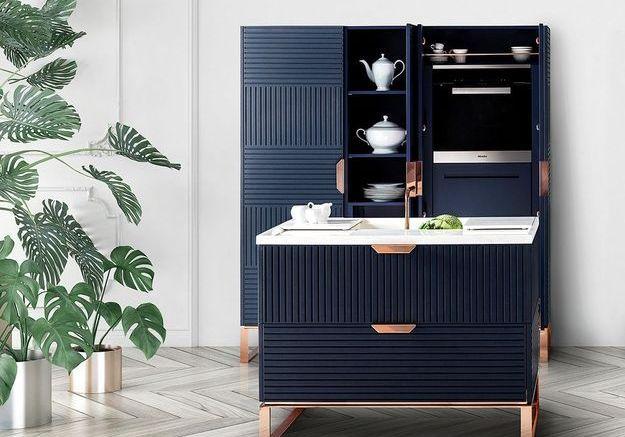 Une mini cuisine bleue