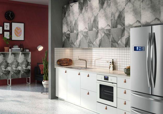 Cuisine Ikea qui mixe les revêtements muraux