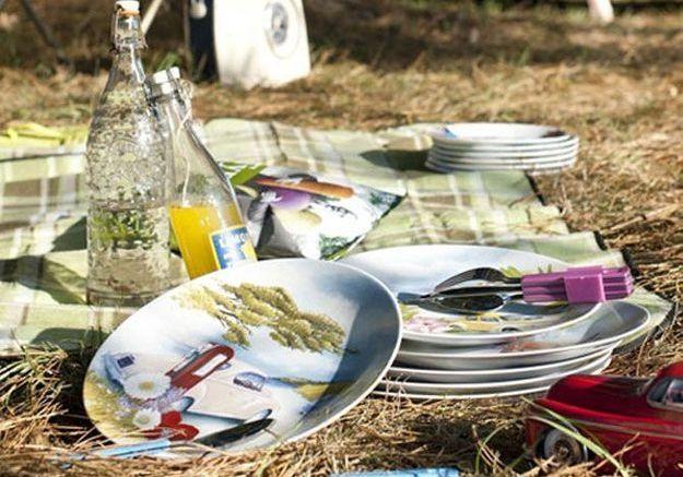2 - Décorez votre table avec des matières naturelles