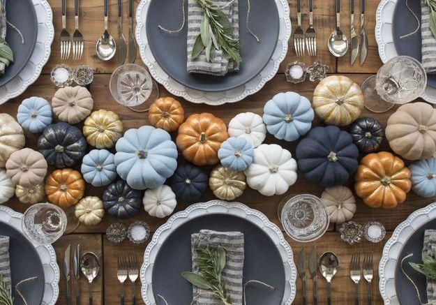 Une déco de table Halloween aux multiples citrouilles