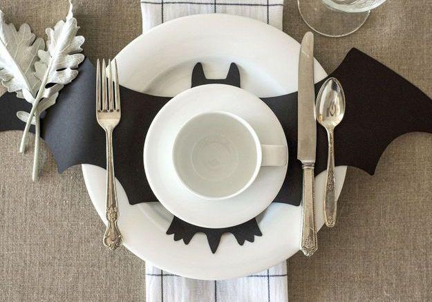 Une déco de table Halloween avec chauve souris