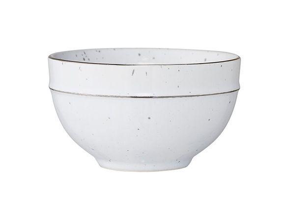 Vaisselle design : un bol moucheté