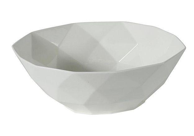 Vaisselle design : un saladier en porcelaine blanche