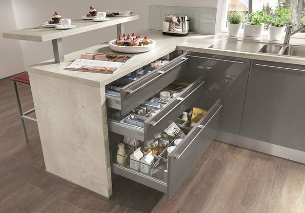 Meuble de cuisine : des tiroirs qui jouent sur les profondeurs