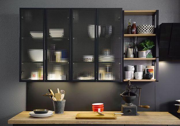 Des placards de cuisine pratiques avec et sans portes