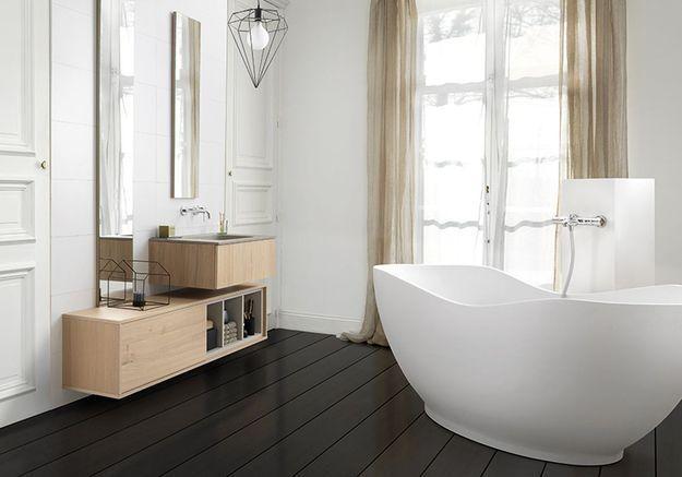Une salle de bains design relaxante