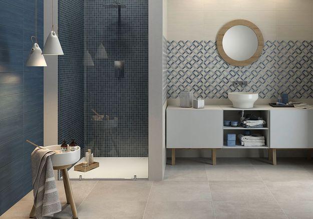 Salle de bains bleue Marazzi