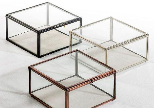 Des boîtes en verre