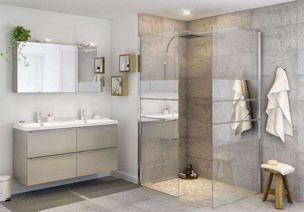 Une salle de bains Castorama qui mise tout sur la douche XXL